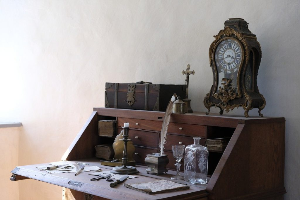 Entrümpelung bei rümpelEASY Schreibtisch